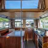 dining-aboard
