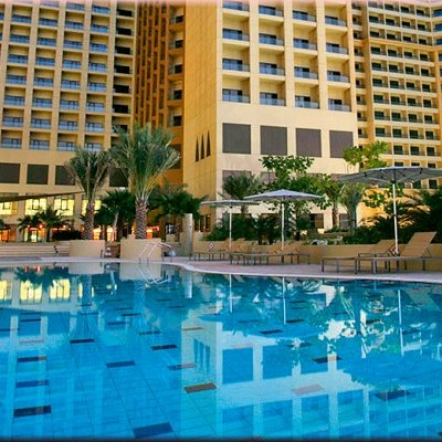 amwaj rotana_03_ext pool_730x520