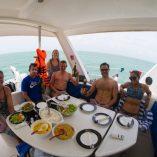 lunch-on-a-catamaran-srilanka-1024x750